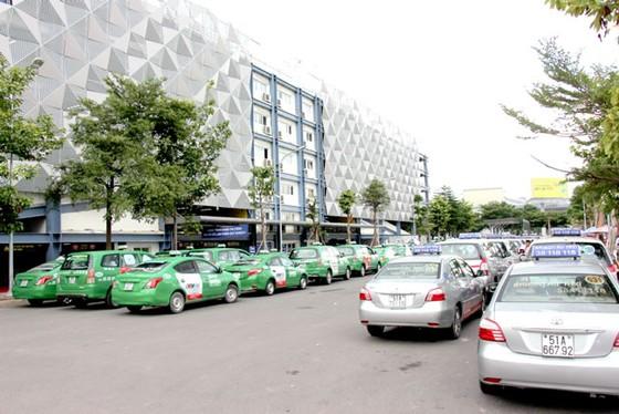 TPHCM: Gian nan tìm chỗ đỗ xe ảnh 1