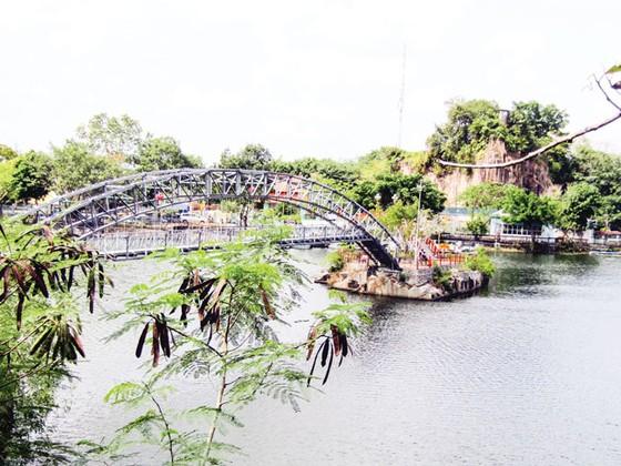 Tiếc nuối khu du lịch hồ Thoại Sơn ảnh 1