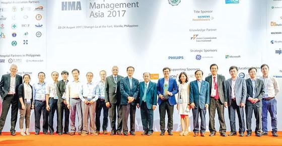 Đạt giải vàng tại Hội nghị quản lý Bệnh viện Châu Á ảnh 2