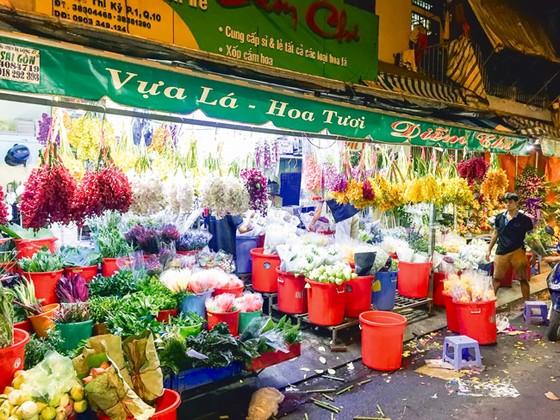 Chợ hoa Hồ Thị Kỷ sôi động mùa Tết ảnh 6