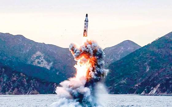 Cuộc đua tên lửa toàn cầu (B2):  Thế giới trong tầm ngắm ảnh 1