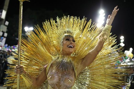 Choáng ngợp với Carnaval Rio đầy màu sắc và quyến rũ - Ảnh 4.