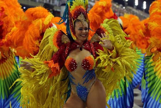 Choáng ngợp với Carnaval Rio đầy màu sắc và quyến rũ - Ảnh 5.