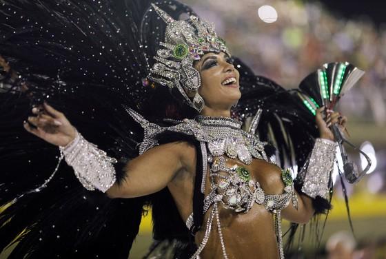 Choáng ngợp với Carnaval Rio đầy màu sắc và quyến rũ - Ảnh 1.