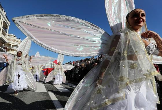 Rực rỡ lễ hội chanh độc đáo ở Pháp - Ảnh 6.