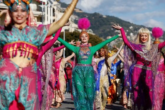 Rực rỡ lễ hội chanh độc đáo ở Pháp - Ảnh 9.