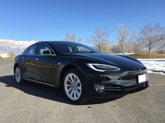 Tesla Model S trở thành xe chống đạn nhanh nhất thế giới - Ảnh 1.