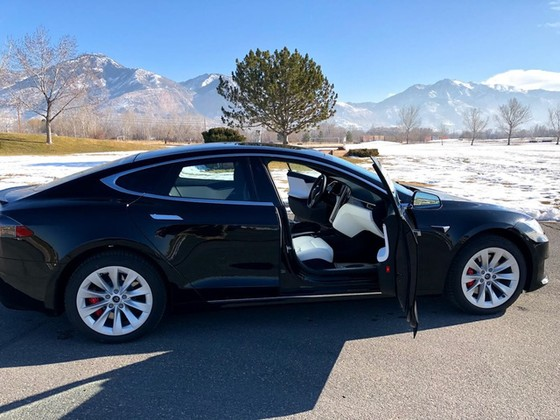 Tesla Model S trở thành xe chống đạn nhanh nhất thế giới - Ảnh 3.