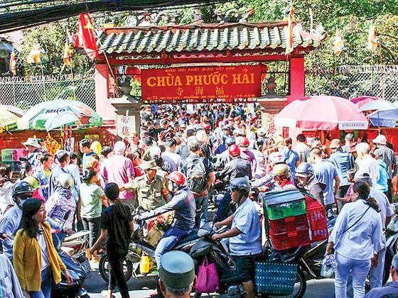 Vãn cảnh chùa Sài Gòn đầu xuân ảnh 2