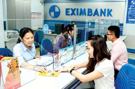 Xem xét lại quy trình phục vụ khách hàng tại Eximbank ảnh 1