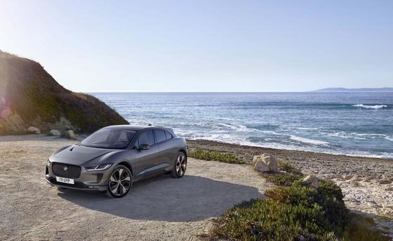 Jaguar I-Pace - doi thu moi cua Tesla Model X gia tu 88.000 USD hinh anh 1