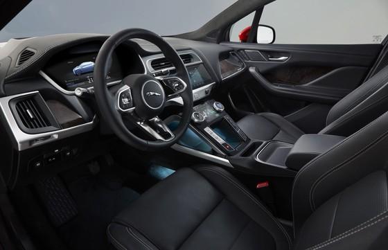 Jaguar I-Pace - doi thu moi cua Tesla Model X gia tu 88.000 USD hinh anh 5