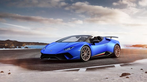 Lamborghini Huracan Performante Spyder gia hon 300.000 USD hinh anh 1