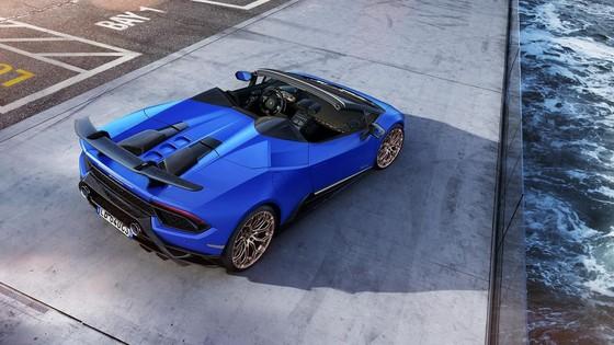 Lamborghini Huracan Performante Spyder gia hon 300.000 USD hinh anh 3