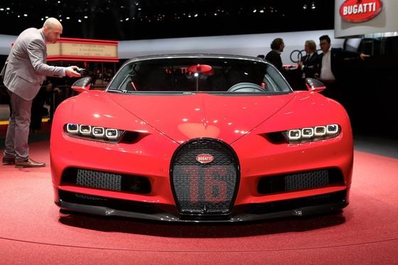 Bugatti Chiron them phien ban Sport gia 3,2 trieu USD hinh anh 2