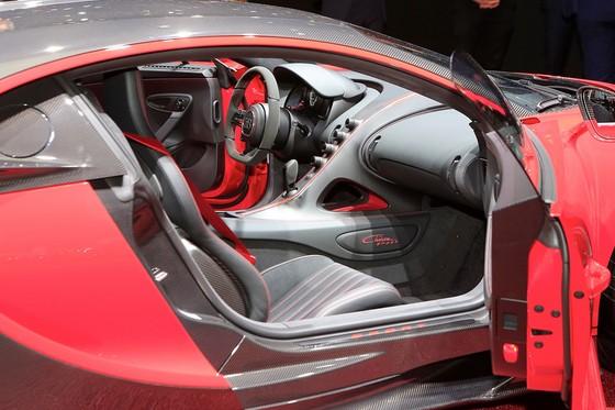 Bugatti Chiron them phien ban Sport gia 3,2 trieu USD hinh anh 6