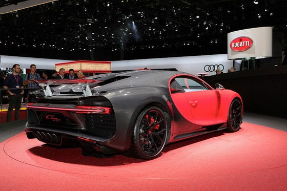 Bugatti Chiron them phien ban Sport gia 3,2 trieu USD hinh anh 4
