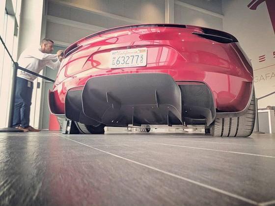[Ảnh] Hé lộ loạt ảnh cực chất về siêu xe Tesla Roadster, dự kiến ra mắt vào năm 2020 tới - Ảnh 2.