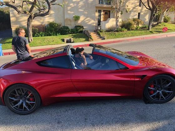 [Ảnh] Hé lộ loạt ảnh cực chất về siêu xe Tesla Roadster, dự kiến ra mắt vào năm 2020 tới - Ảnh 8.