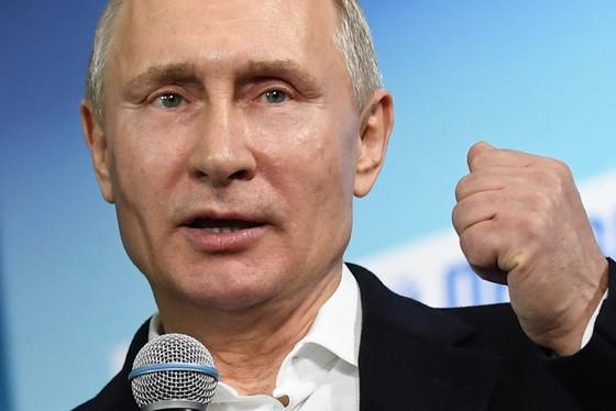 Ông Putin chiến thắng vang dội thêm một nhiệm kỳ 6 năm nữa - Ảnh 1.