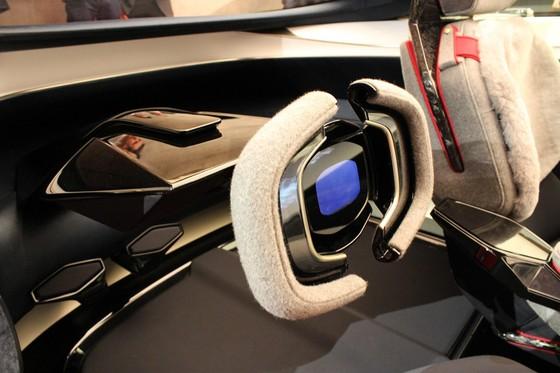Concept xe dien tu lai voi thiet ke tu tuong lai cua Aston Martin hinh anh 8