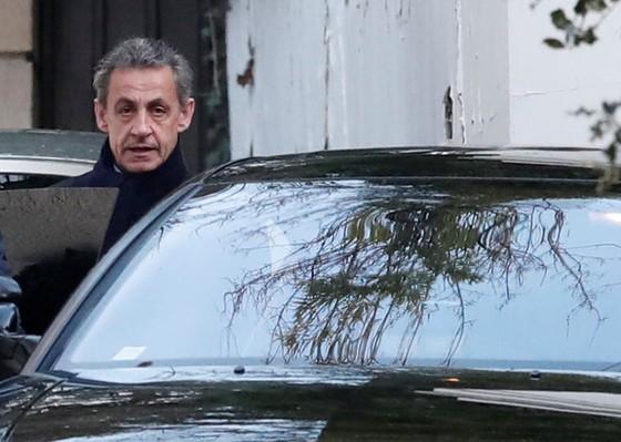 Cựu tổng thống Pháp Sarkozy chính thức bị điều tra. - Ảnh 1.