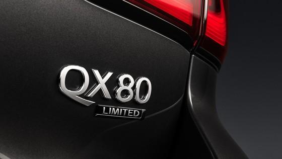 Infiniti ra mat cap SUV dac biet, thach thuc Lexus LX570 hinh anh 9