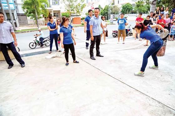 Tập huấn và tuyên truyền PCCC tại Him Lam Riverside  ảnh 7