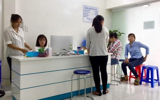 Cảnh giác với cò Bệnh viện Đại học Y dược TP.HCM - Ảnh 4.