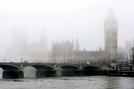 Châu Âu không trong lành (K1): Bầu không khí chết người ảnh 1