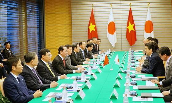 Chủ tịch nước Trần Đại Quang và Thủ tướng Shinzo Abe tại cuộc hội đàm /// Ảnh: Lê Hiệp