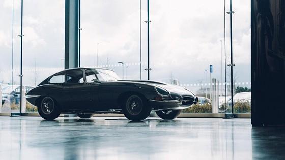 Đây là kho tàng xe cổ bí mật của Jaguar Land Rover - Ảnh 7.