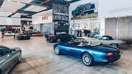 Đây là kho tàng xe cổ bí mật của Jaguar Land Rover - Ảnh 13.