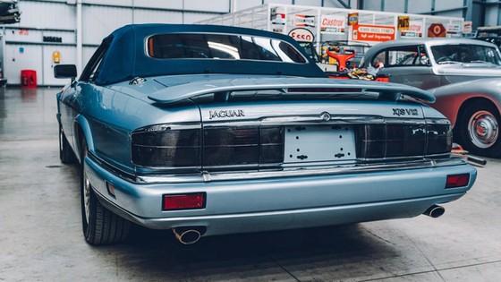 Đây là kho tàng xe cổ bí mật của Jaguar Land Rover - Ảnh 37.