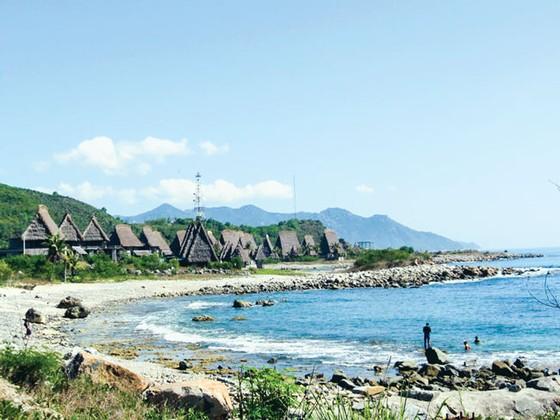 Khánh Hòa: 3 dự án lấn biển sai phép ảnh 1