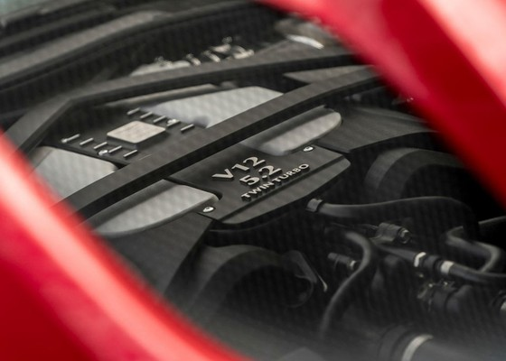 Aston Martin DBS Superleggera 2019 ven man, manh hon 700 ma luc hinh anh 3
