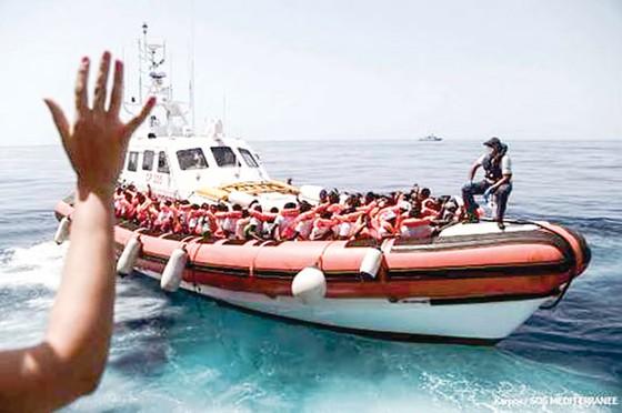 EU thở phào khi ra tuyên bố về người di cư ảnh 1