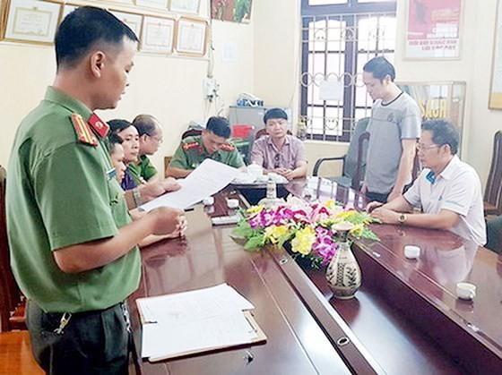 Bắt tạm giam Vũ Trọng Lương trong vụ sửa điểm thi THPT quốc gia tại Hà Giang ảnh 1