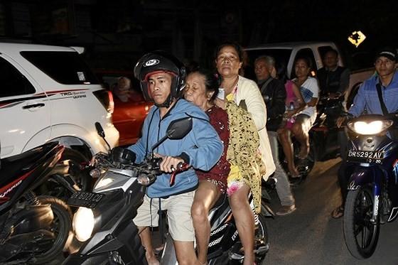 Động đất tại Indonesia, ít nhất 82 người thiệt mạng ảnh 2
