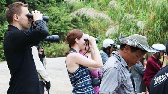 Bán đảo Sơn Trà thu hút đông du khách đến tham quan. Ảnh: NGỌC PHÚC