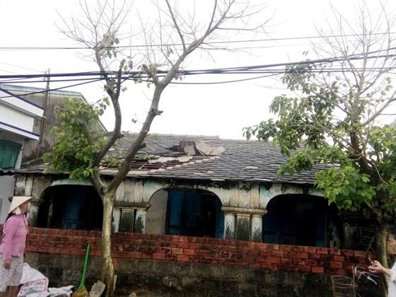 Đảo Phú Quý ngổn ngang sau trận lốc xoáy kinh hoàng ảnh 2