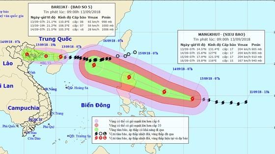 Siêu bão Mangkhut mạnh cấp 17 sẽ vào biển Đông sau khi bão số 5 suy yếu ảnh 1