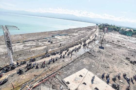 Indonesia tan hoang sau động đất - sóng thần ảnh 5