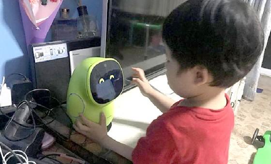 Trung Quốc: Robot AI thay thế cha mẹ ảnh 1