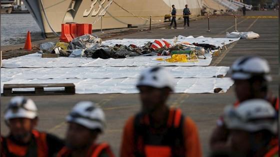 Vụ rơi máy bay tại Indonesia: Phát hiện sự cố chỉ 2 phút sau khi cất cánh ảnh 14