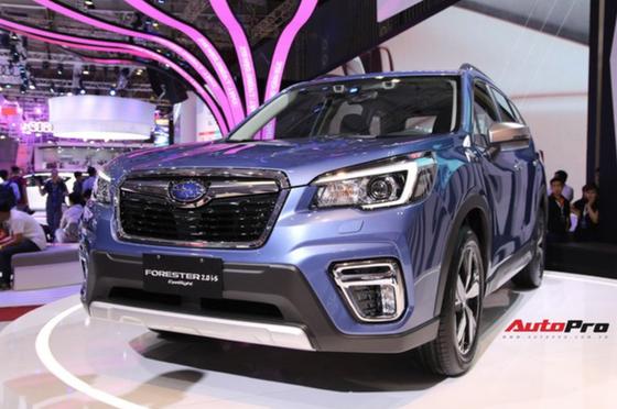 Không có xe giá rẻ, xe mới tiền tỷ đến cả chục tỷ đồng áp đảo thị trường ô tô Việt Nam cuối năm - Ảnh 12.