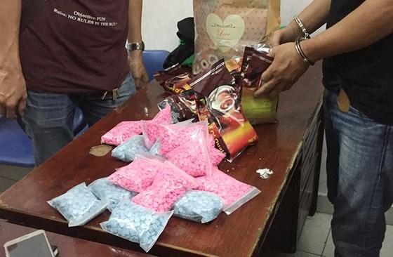Tang vật trong một đường dây mua bán ma túy bị Công an TPHCM triệt phá (ảnh CA cung cấp)