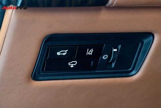 Range Rover Autobiography LWB Black Edition giá 8 tỷ -  chỉ sản xuất 100 chiếc ảnh 15