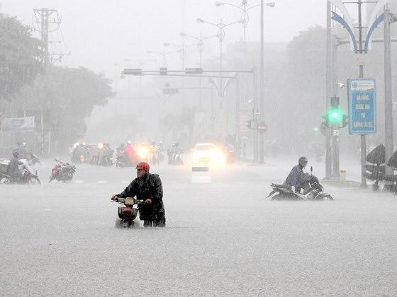 Đà Nẵng ngập nước trên diện rộng: Do mưa lớn hay quy hoạch chưa đồng bộ? ảnh 3