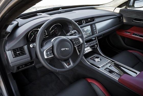 Xế sang Jaguar XF 2019 thêm tiện nghi và phiên bản mới ảnh 3